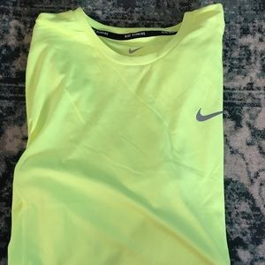 Men's Nike active shirt 🏀🏀
